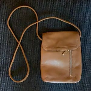 Tignanello leather cross body purse, light brown